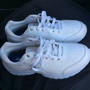 Reebok men's sneaker/athletic shoe size 8